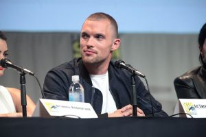 Ed Skrein at a SDCC panel.