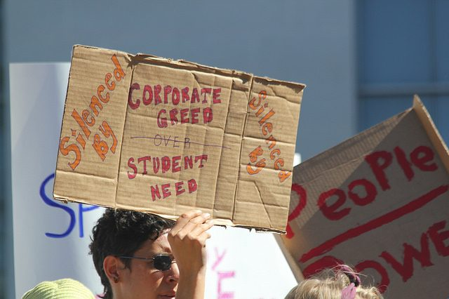 Students protesting high debt.